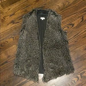 Faux fur and cable sweater vest